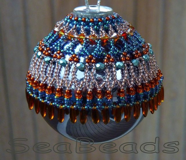 beaded-christmas-ornament-cover-2016-seabeads-p1210783